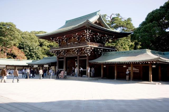 gia-ve-may-bay-ha-noi-tokyo-meiji-jingu-shrine1